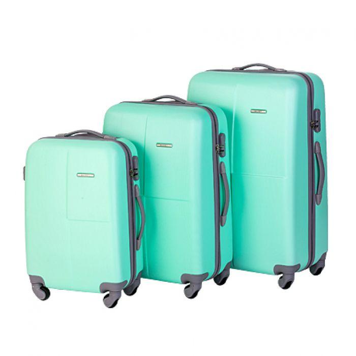 Пластиковый чемодан на четырех колесах цвета морской волны