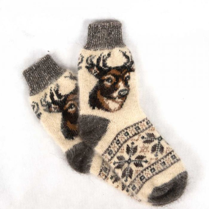 Шерстяные носки с пастельными тонами в сочетании с шоколадным оттенком