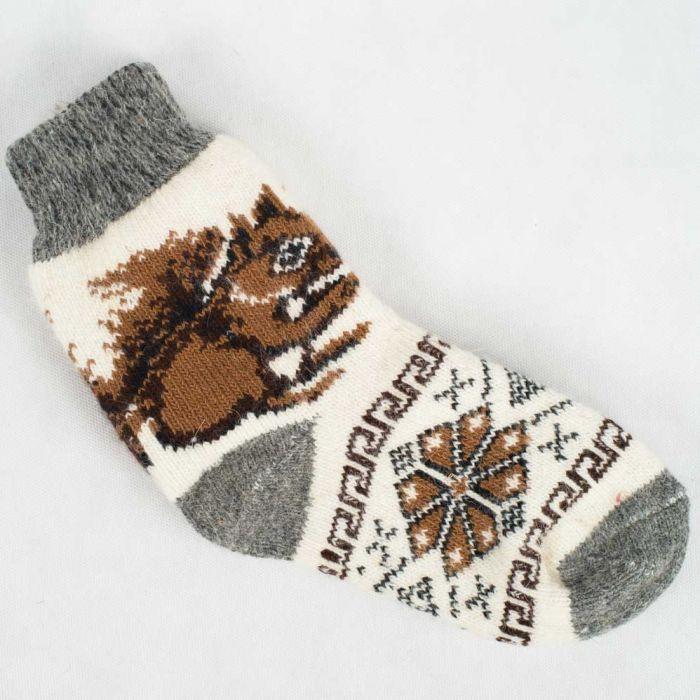 Стильные новогодние носки для каждого с вязаными узорами разных животных