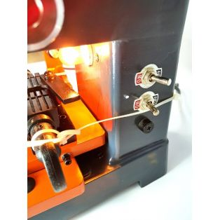 Станок для изготовления ключей вертикальный KeyWorld 399-AC