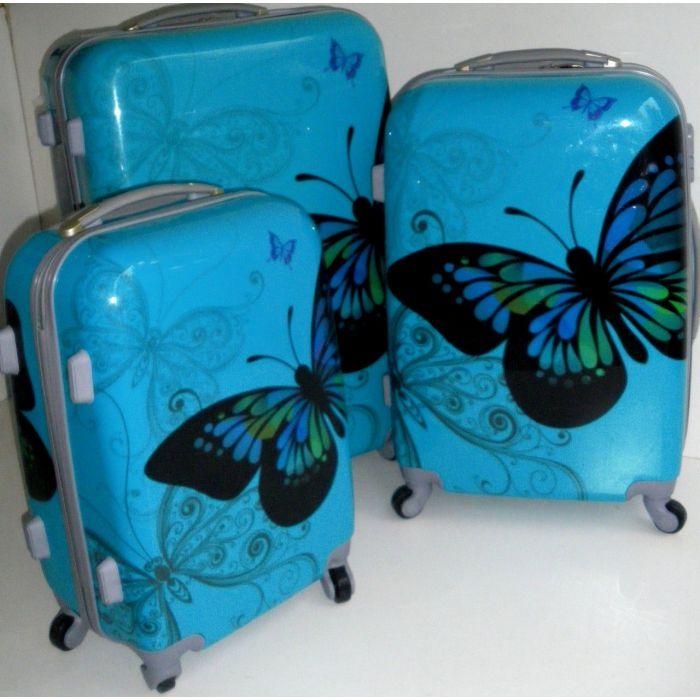 Пластиковый чемодан на четырех колесах Travel