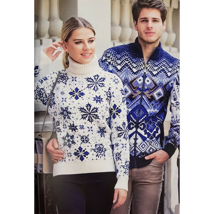 Женский свитер со снежинками 130-130