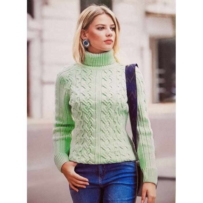 Женский свитер с горлом нежно-мятного цвета 140-05
