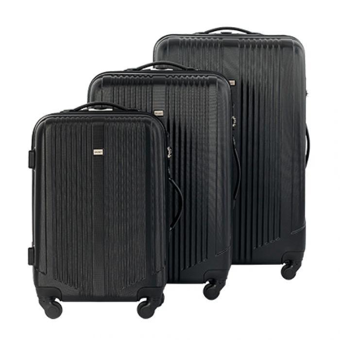 Пластиковый чемодан на четырех колесах графит