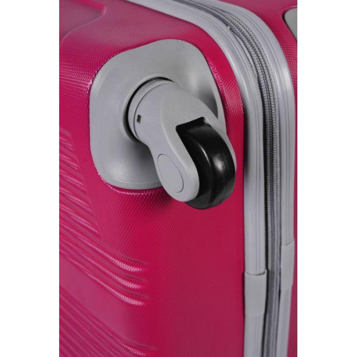 Чемодан пластиковый на четырех колесах розовый