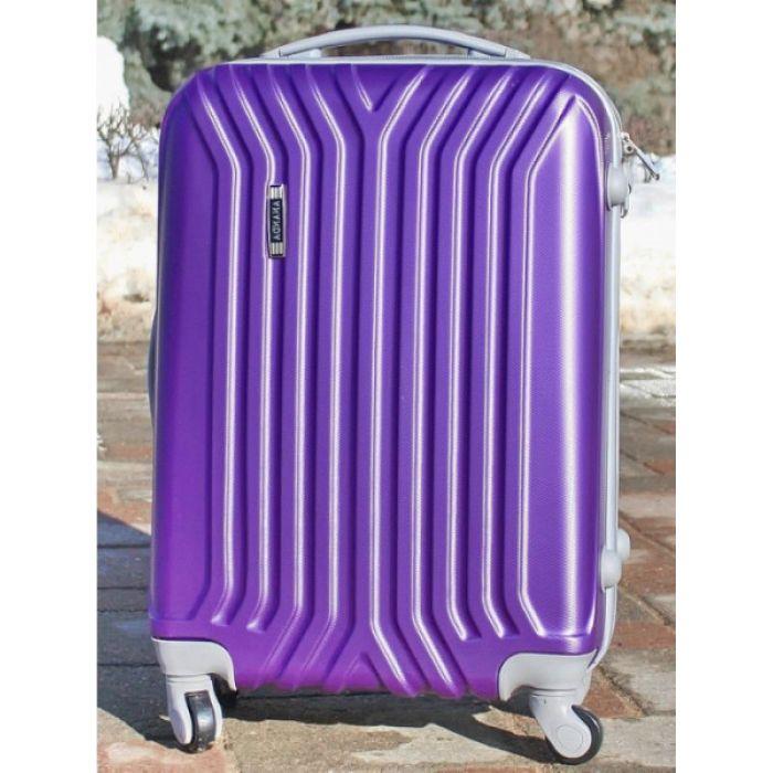 Пластиковый чемодан (фиолетовый)