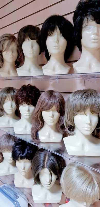 Парики натуральные. Парики купить в магазине париков lanord.ru можно недорого. Wigs. Wig in wig shop