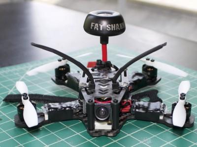 Продаем недорого квадрокоптер с камерой и трансляцией на пульт