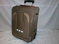 У нас можно купить легкий чемодан, представленный в широком ассортименте