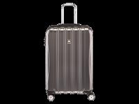 У нас можно купить легкий чемодан на 4 колесах