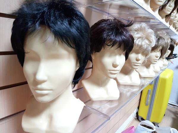Купить искусственные парики дешево