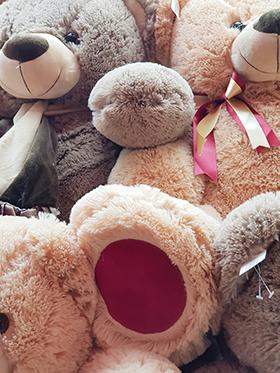 Kупить белого медведя. Плюшевые мишки купить в Москве LaNord.ru