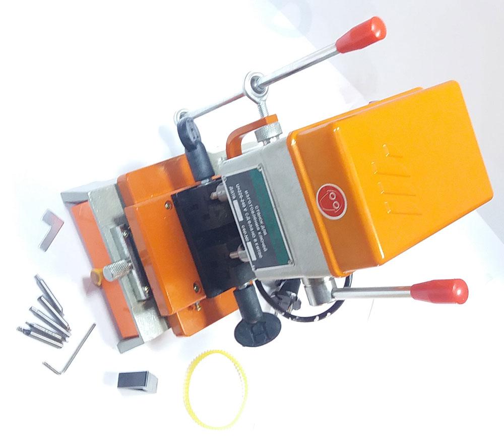 Станок для изготовления ключей